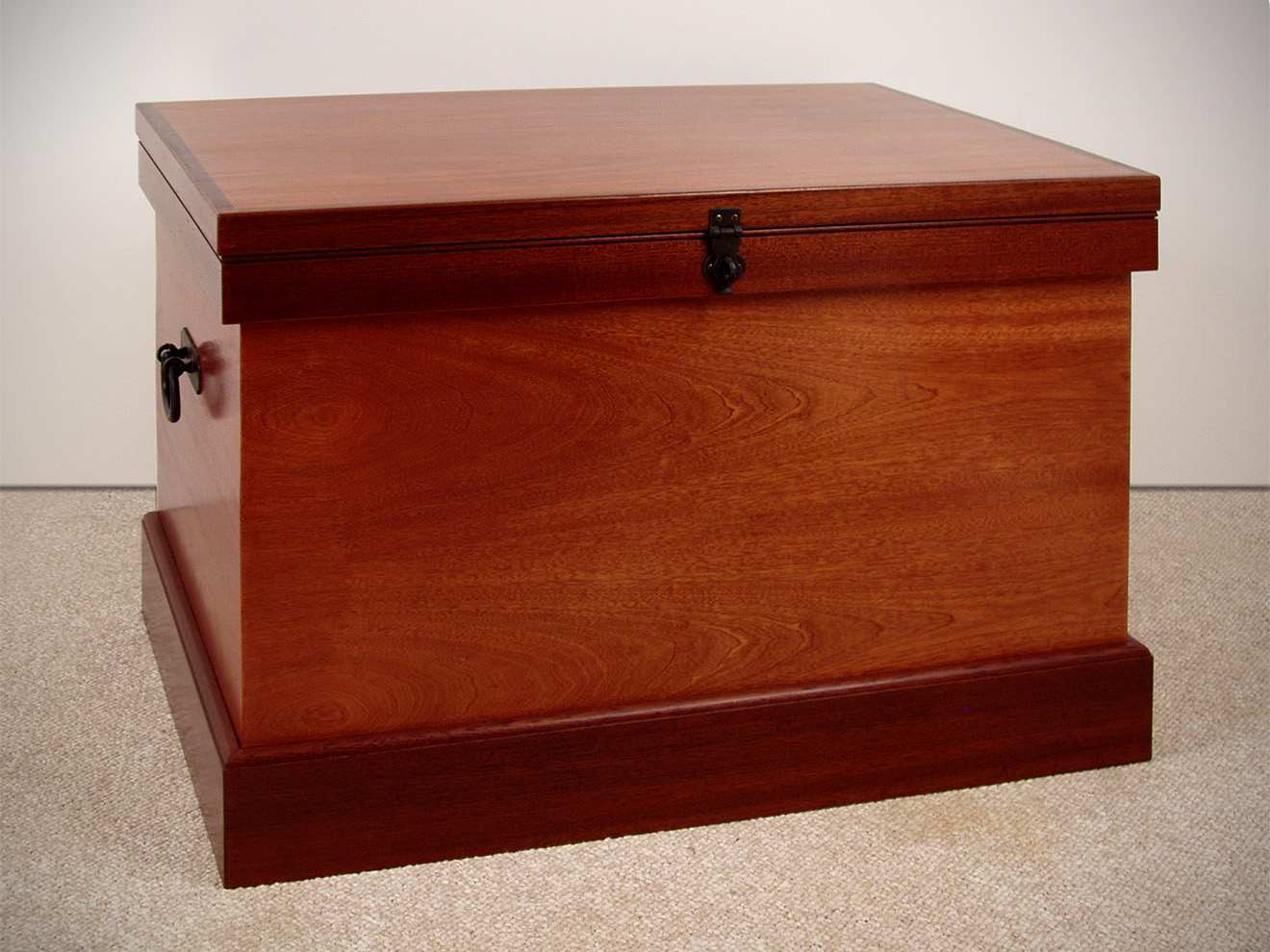 """Sapele Blanket Chest Black iron handles and hasp with sliding tray. 22""""h × 36″w × 21″d"""